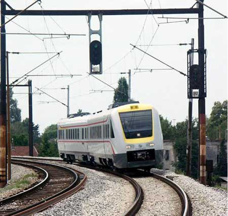 Croatia Trains : New tilting train connects Zagreb and Pozega