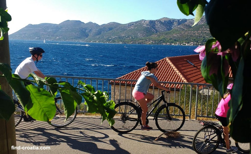 cycling in croatia in the summer