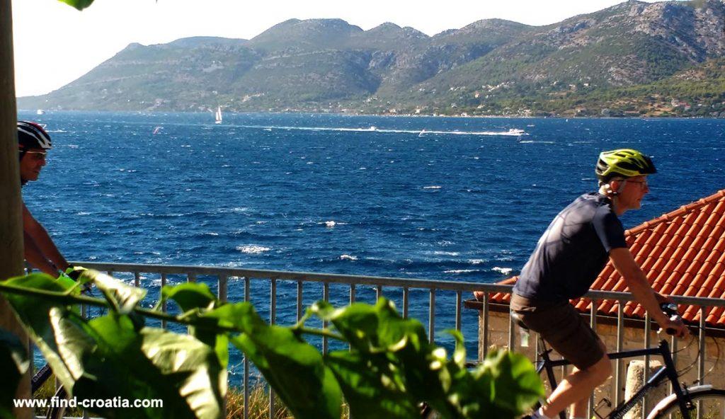 Cycling along Dalmatian Islands