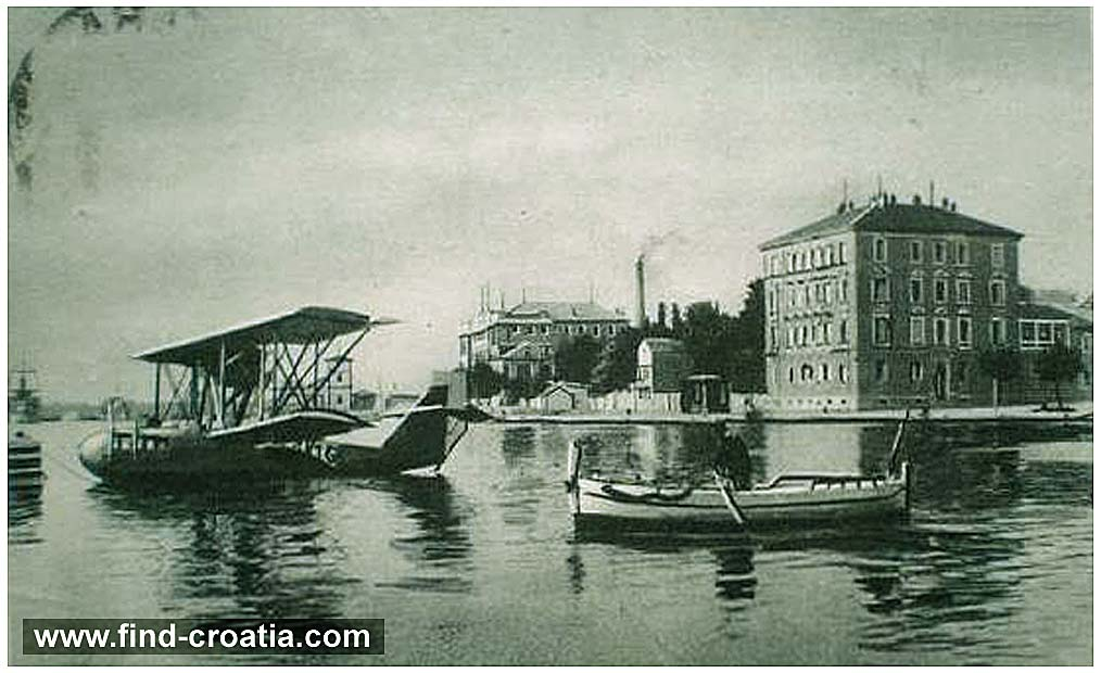hydroplane in zadar in 1930s