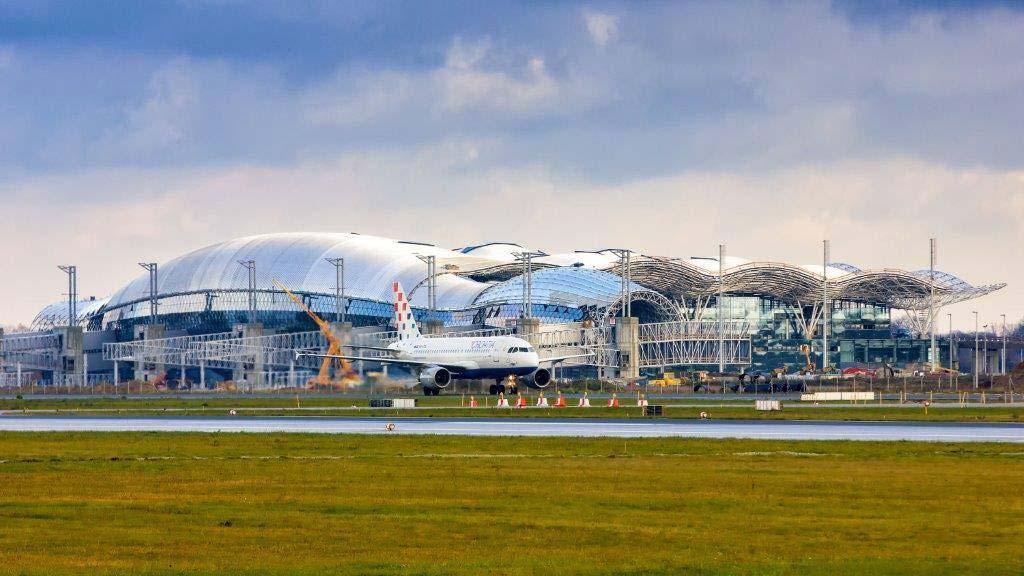 zagreb-airport-pleso2015a